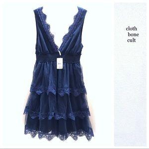 ✨NWT✨FREE PEOPLE 🌼Tiered Lace Sleeveless DRESS